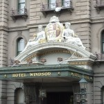 Eingang zum Windsor Hotel in Melbourne