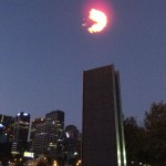 Feuershow vor dem Crown Casino in Melbourne